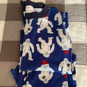 Hanna Andersson YETI PJS Size 130 (US 8) in EUC